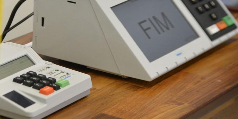 TSE: urna deverá mostrar nome de candidato com registro pendente