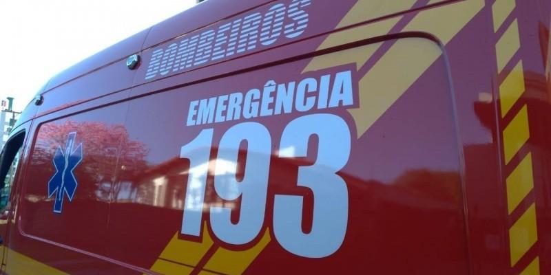 Ciclista fica ferida após colisão com caminhão na SC-370 em Gravatal