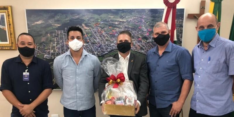 Beto e Ronaldo recebem secretário de Estado da Agricultura, Altair Silva