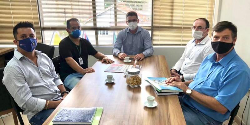 SC-108: prefeitos solicitam e Amurel fará o projeto da restauração