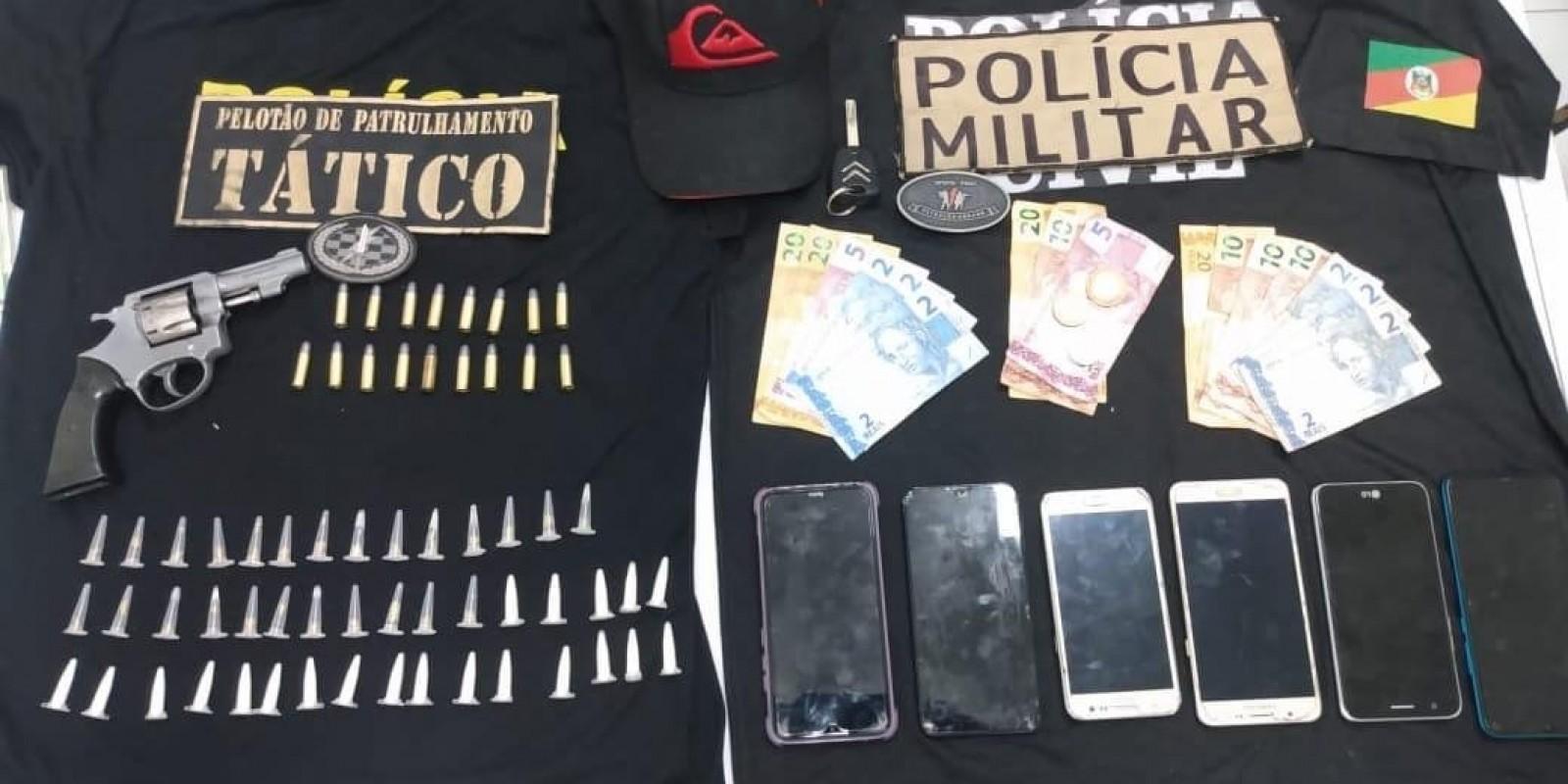 Grupo suspeito de roubo em residência é preso
