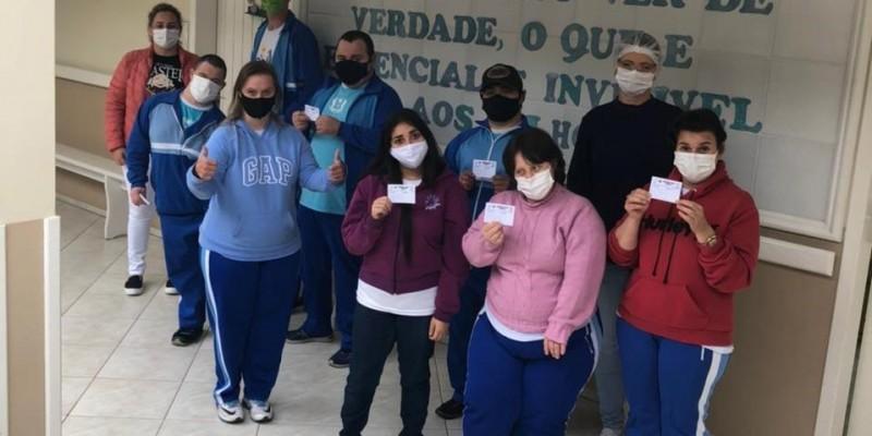 São Ludgero iniciou hoje a vacinação de pessoas com comorbidades