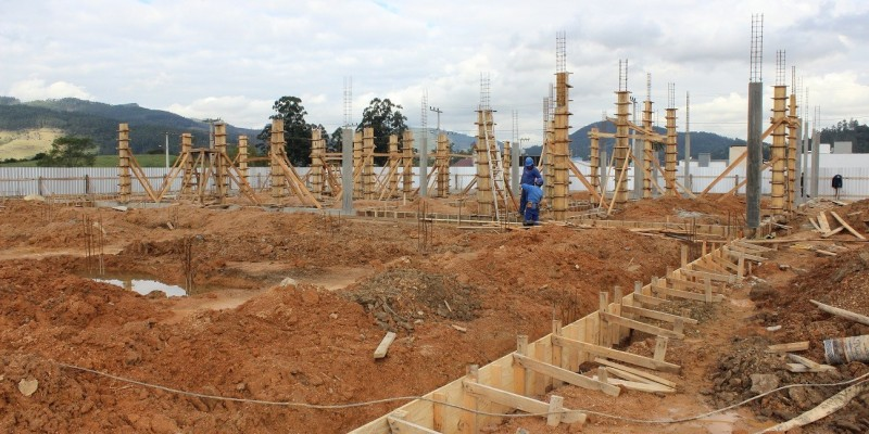 Nova escola no bairro Encosta do Sol virando realidade