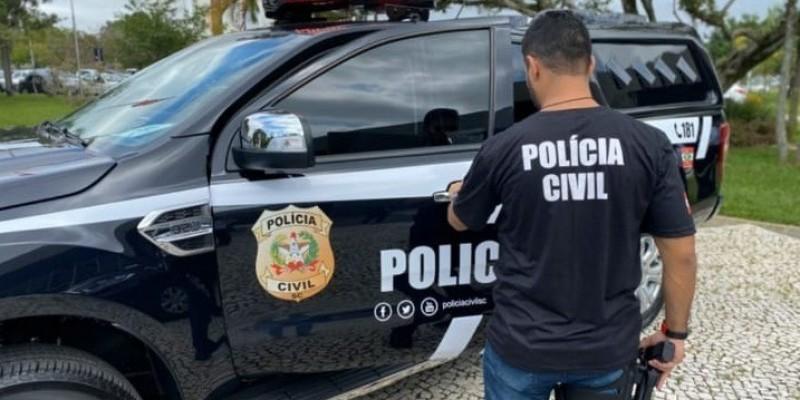 Polícia busca golpista