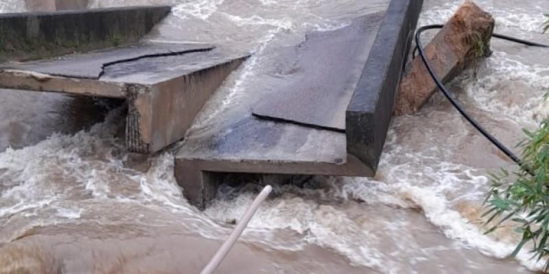 Secretaria de Infraestrutura trabalha desde a madrugada por estragos e alagamentos em Gravatal