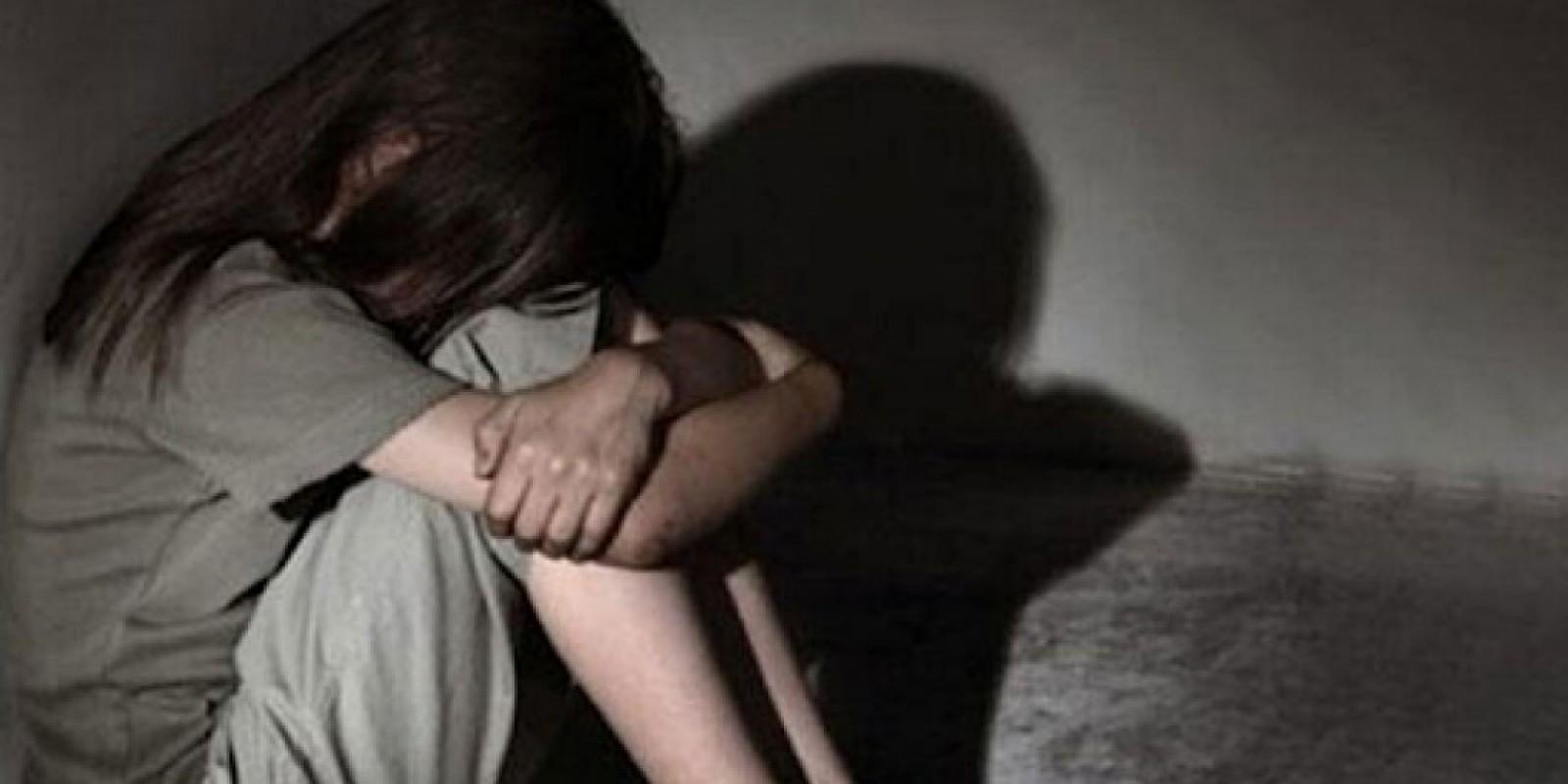 Braço do Norte: menina de 8 anos é resgatada de casa onde ficava sozinha, sem comida e sem banheiro
