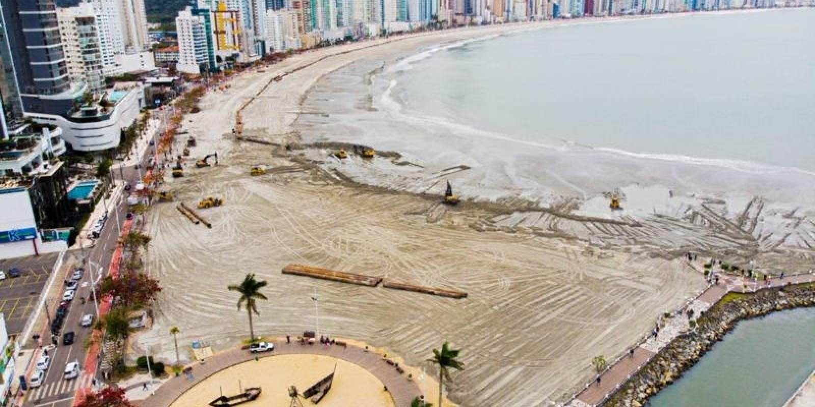 Com alargamento da praia, imóveis em Balneário Camboriú já registram valorização