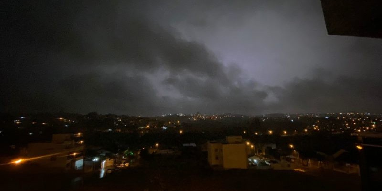 Municípios do Oeste de SC amanhecem sem energia elétrica; veja quais