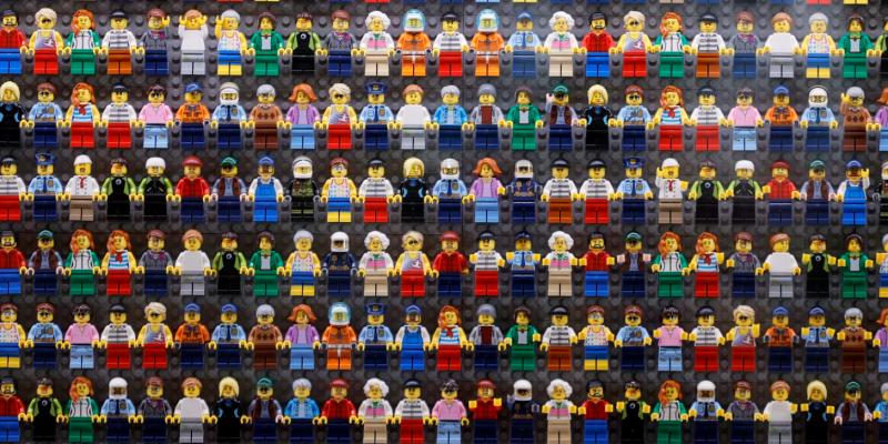 Lego vai extinguir gêneros de seus produtos