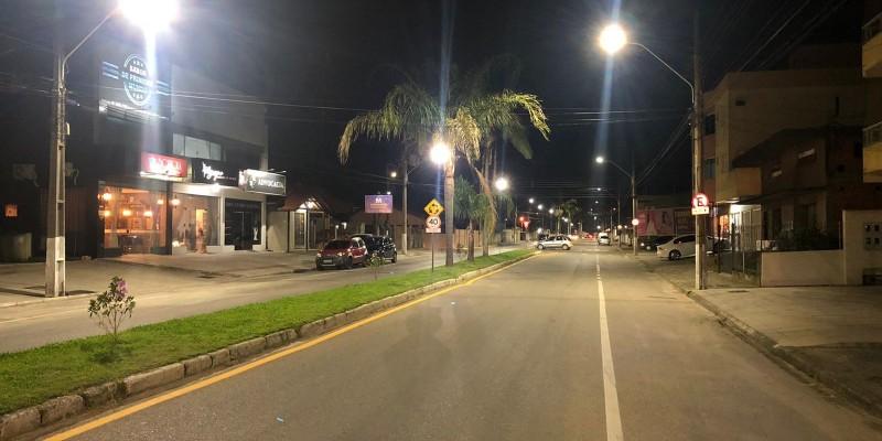 Operação Tubarão Iluminada beneficia a avenida Pedro Zapeline