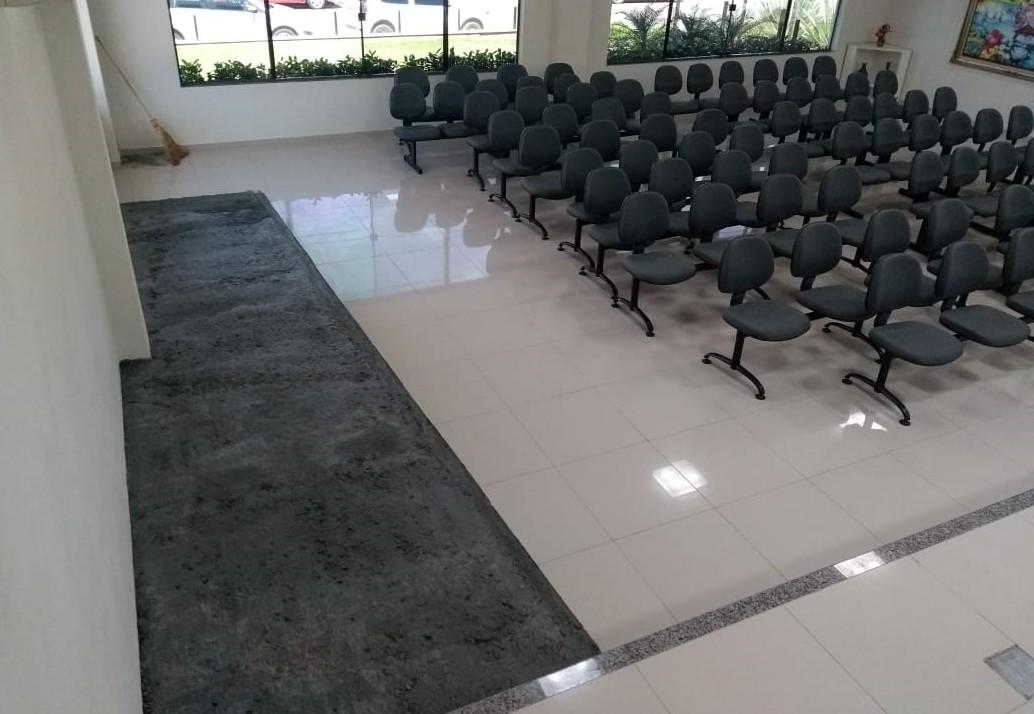 Acessibilidade: rampa está sendo construída na Câmara de Vereadores de São Ludgero