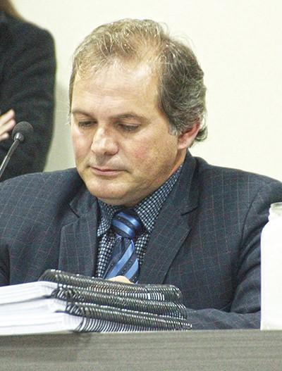 MP vê indícios de irregularidades e barra escrituras do Lar Legal, em São Ludgero